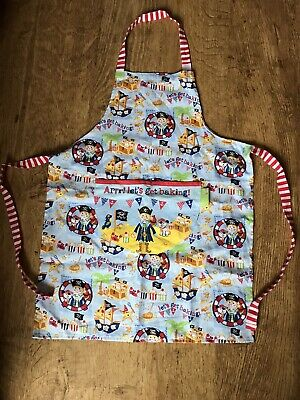 Pre-owned Childrens Child's Pirate cooking apron.