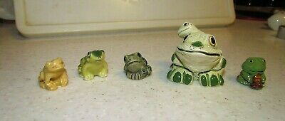 Unique lot of 5 Frog Figurines. LOOK AT THESE CUTE FROGS/TOADS!