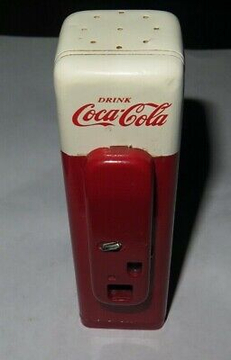 Coca Cola Machine Salt Shakers