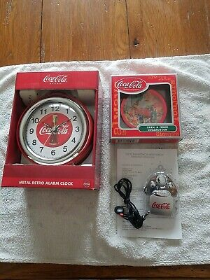 Coca-Cola Bottle Alarm Clock Fm Scanner Radio Image Changing Ornament T-Shirt