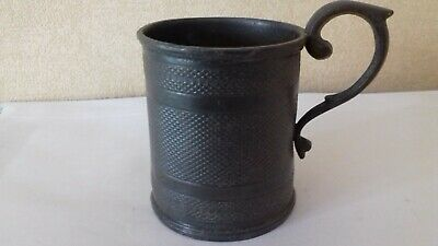 Small Antique pewter / metal drinking tankard age and maker unknown