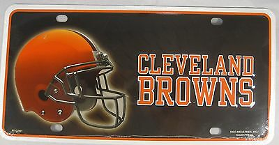 CLEVELAND BROWNS METAL LICENSE PLATE NFL FOOTBALL L241