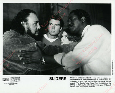 SLIDERS Press Photo 8X10 Jerry O'Connell Sabrina Lloyd