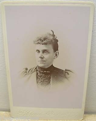 19c ANTIQUE WOMAN CABINET CARD PHOTO FAIRPORT NY