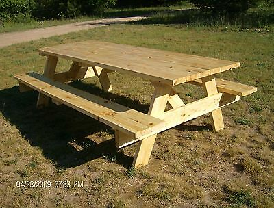 Picnic Table Plans---Easy to Build!