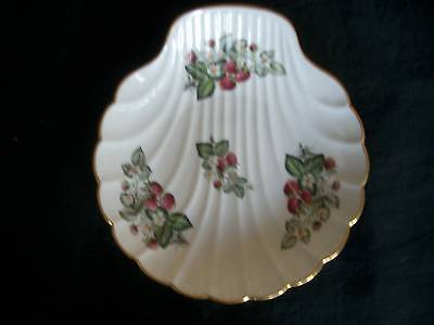 Limoges, Clam Shell Shaped Serving Dish,Strawberries
