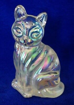 Beautiful Collectible Solid Opalescent / Carnival Glass Cat