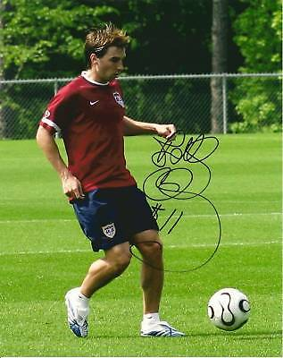 BOBBY CONVEY SIGNED 8X10 U.S.A. SOCCER PHOTO W/ PROOF