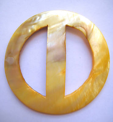 Hawaiian Hawaii Hand Made MOTHER OF PEARL Sarong Pareo Buckle~ ROUND QTY ( 2 )