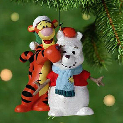 Hallmark Ornament 2001 A Familiar Face - Disney's Winnie the Pooh - #QXD4152