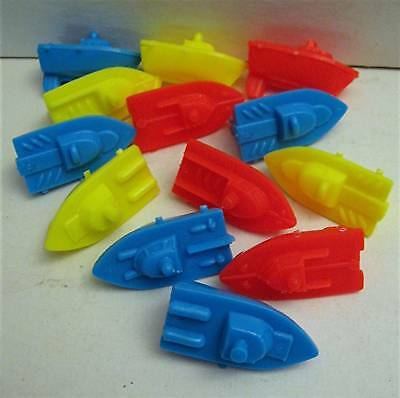 12 Old Alka Seltzer Speed Boats Vending Machine Toys
