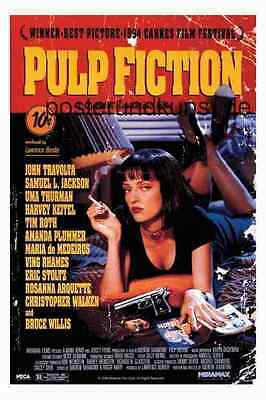 PULP FICTION Cover Uma on Bed  Großes Poster 92x61 cm
