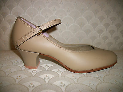 Capezio Character Shoes Dance Tan 550 Jr Footlight New In Box