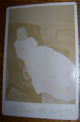 ANTIQUE CABINET PHOTO FAIRPORT NY VICTORIAN BABY