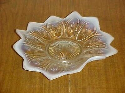 Opalescent White Spokes and Wheels Crimped Bowl