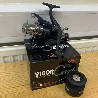 1 new Lineaeffe Vigor Carp 60 Fishing FREE RUNNER Reel with Spare Spool