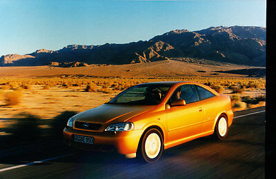 2000 Opel Astra Coupe Press Photo Print