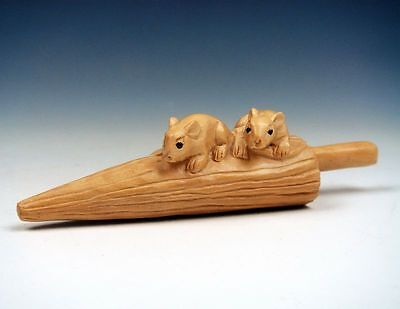 Boxwood Hand Carved Netsuke Sculpture 2 Mice Rats On Umbrella Home Decor Gift