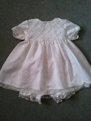 Bnwot Christening Dress Gown And Bloomers 9-12 Months
