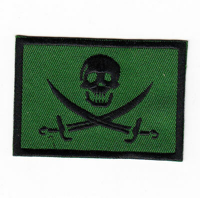 JOLLY ROGER PIRATE SKULL & CROSSED SWORDS FLAG (GREEN & BLACK) IRON ON PATCH