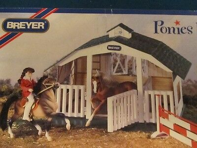 Breyer Ponies Barn #7010 Near Mint in Box