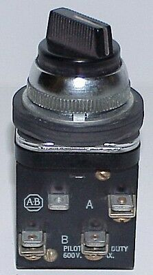 Allen Bradley 3 Position Selector Switch Cat No:  800H-JL2A
