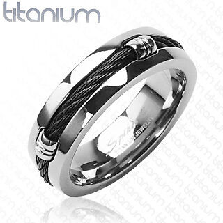 Men's solid titanium ring with Black Chain Design wedding band