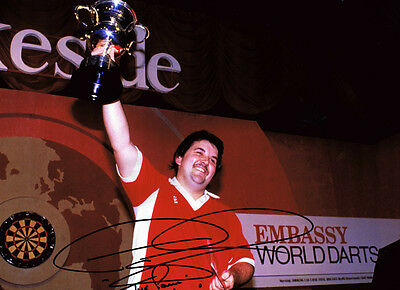 PHIL The Power TAYLOR Signed AUTOGRAPH 15x World Champion 16x12 Photo AFTAL COA