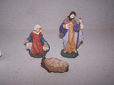 AVON 1996 FINE COLLECTIBLES NATIVITY THE HOLY FAMILY  3 PIECE IN ORIGINAL BOX