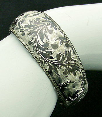 Gorgeous Carved Antique Estate Sterling Silver Neilloware Scroll Bracelet Cuff