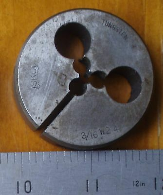 "Whitworth BSW 3/16"" x 24 TPI. RH. OD 2"" Split Die Button. SKC Tungsten. Japan"