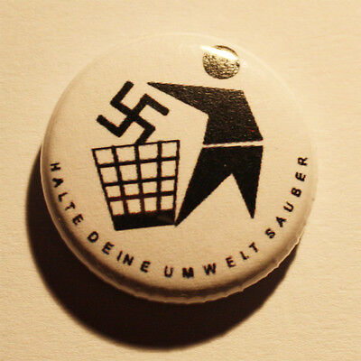 Halte deine Umwelt sauber Button / Badge Punk Antifa FIGHT FASCISM Pin Punkrock