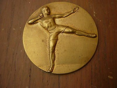 Vintage 1960's Wall Plaque Trophy - Shot Put - Brass Wood - L1-214