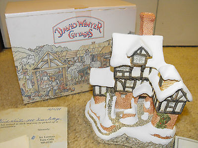 David Winter 1987 Christmas Scrooge Counting House W/Box & COA Signed C. Exon