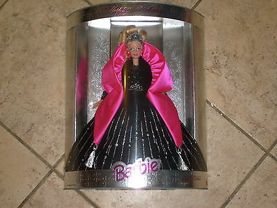 Barbie 1998 Happy Holiday Collector Edition Blonde Doll Mib New......free S/h