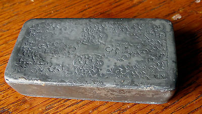 EARLY DECORATED PEWTER SNUFF BOX - NICE 19th C ANTIQUE