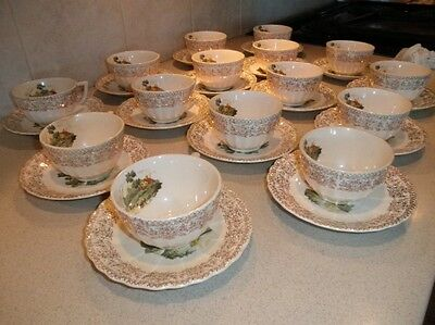 VINTAGE LOT OF 15 CHATEAU FRANCE AMERICAN LIMOGES 22K GOLD COFFEE CUPS & SAUCERS