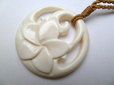 Hawaii Jewelry Flower Buffalo Bone Carved Pendant Necklace/Choker # 35369