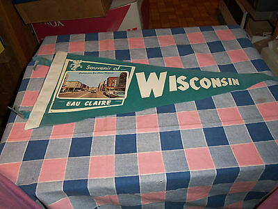 "Souvenir Eau Claire Wisconsin Old Felt Pennant 19 1/2"" Long w/o Ties Green"