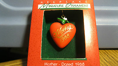1988 Hallmark Miniature Mini MOTHER Heart
