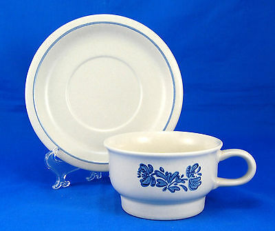 Pfaltzgraff YORKTOWNE (USA) Flat Cup and Saucer Set 2.5 in. Flowers Stoneware