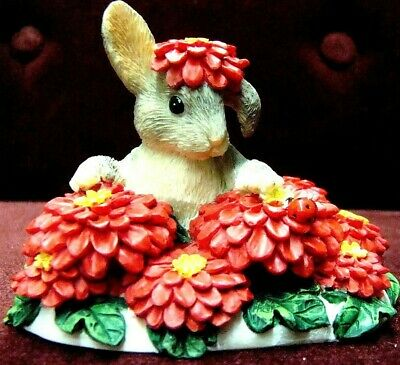 Charming Tails By Dean Griff Silvestri Binkey In A Bed Of Flowers 87426 Cute New