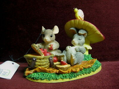 Charming Tails Life's A Picnic With You 83701~ Rare Cute New Factory Fresh
