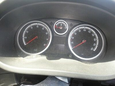07 Opel Corsa DASH Clocks in km