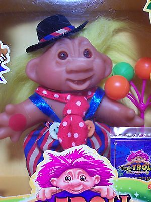 "2001 MERRY GIGGLES - 5"" Dam Totally Troll Doll - NEW IN PACKAGE - RARE"