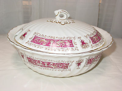 Myott Rialto Maroon/White Covered Casserole Serving Bowl Vintage Used-England