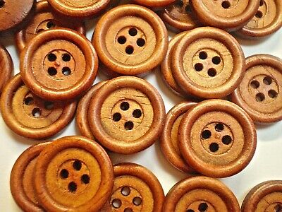 40 WOOD BUTTONS 18mm