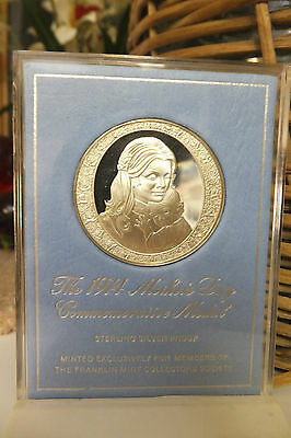 1974 Mother's  Day Commemorative Medal Sterling Silver Proof, The Franklin Mint