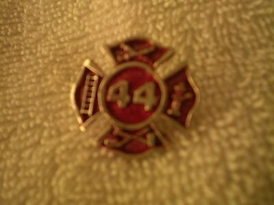 FIREFIGHTER HOOK & LADDER PIN # 44 , OLD / NEW !