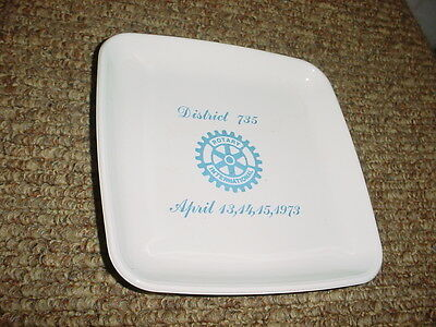 CORNING GLASS WORKS 1973 ROTARY INTERNATIONAL DISTRICT 735 CONFERENCE GLASS TRAY